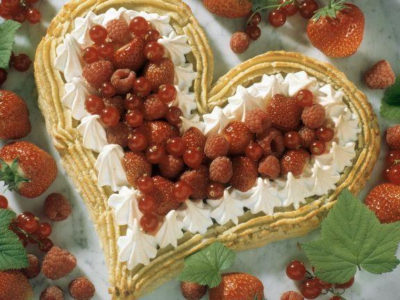Beeren-Sahnekuchen