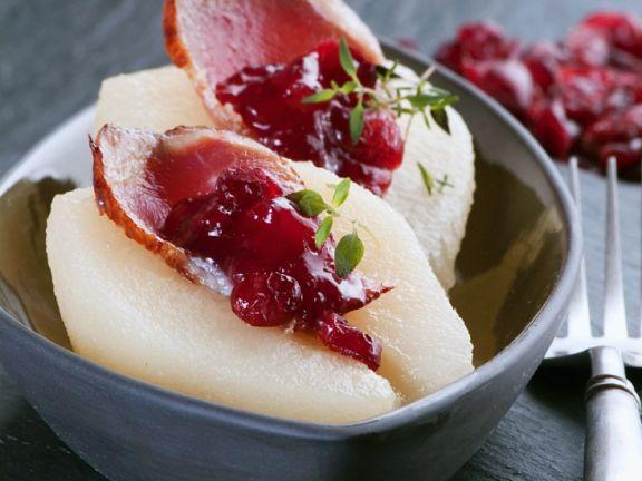 Birne mit Entenbrust-Cranberry-Füllung