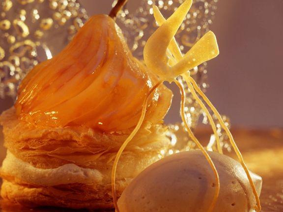 Birnen-Mille-feuilles mit Eis