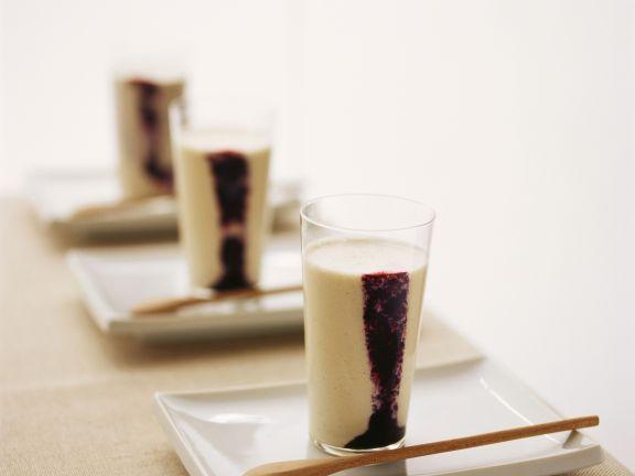 Birnenmilch mit Brombeere