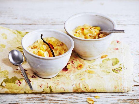 Birnenmilchreis mit Mandeln