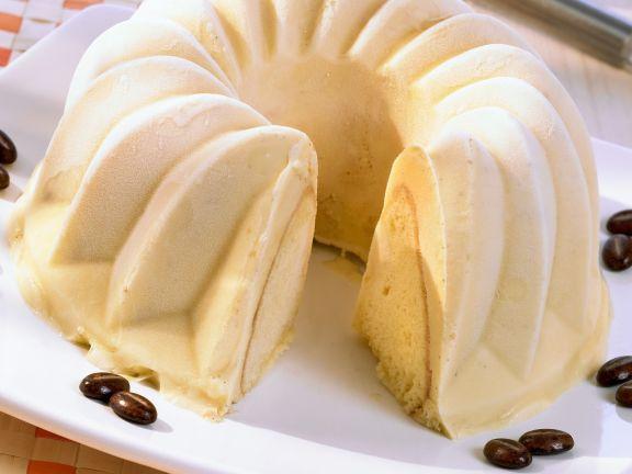 Biskuit-Eistorte