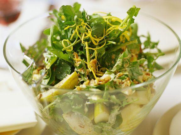 Blattsalat mit Birne, Rucola und Wasserkresse