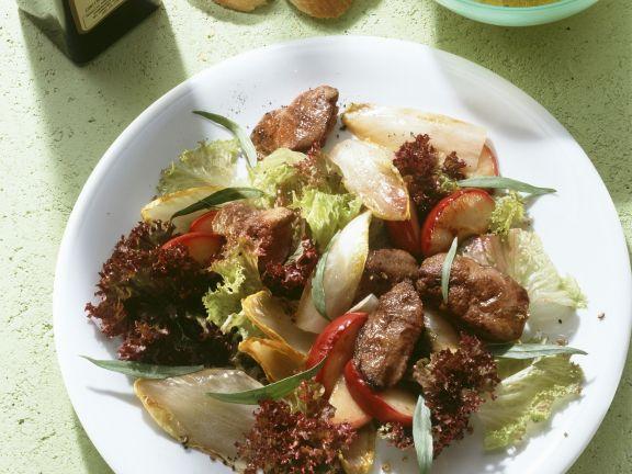 Blattsalat mit Geflügelleber