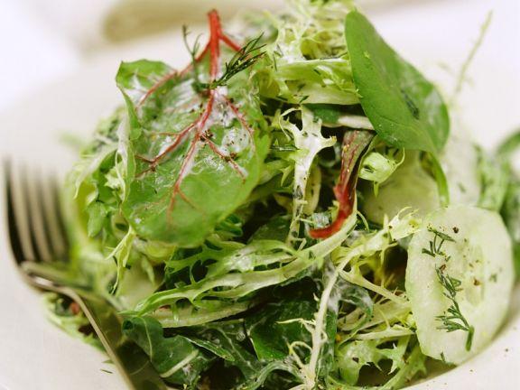 Blattsalat mit Joghurtdressing