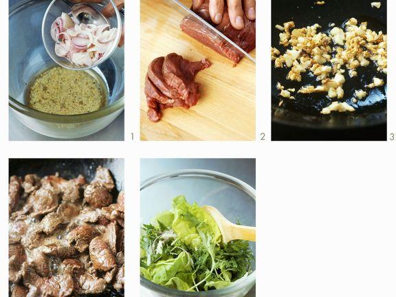 Blattsalat mit Rindfleisch zubereiten