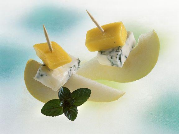 Blauschimmelkäse-Birnen-Spießchen