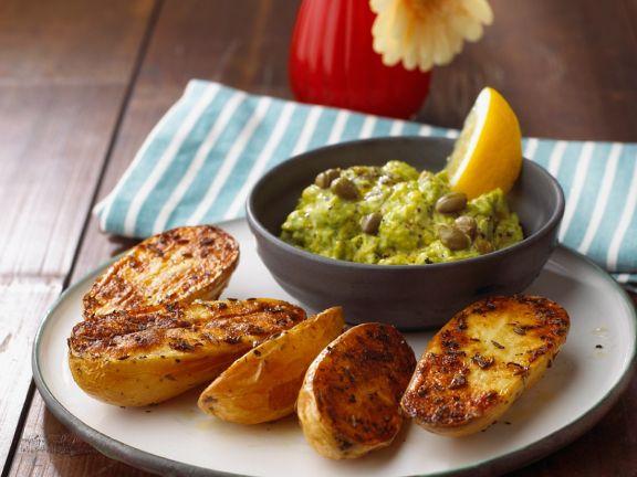 Blechkartoffeln mit Avocadocreme