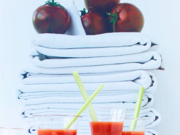 Bloody Mary mit Tomateneis