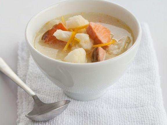 Blumenkohl-Lachs-Suppe