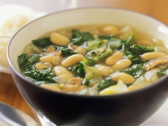 Bohnen-Endivien-Suppe