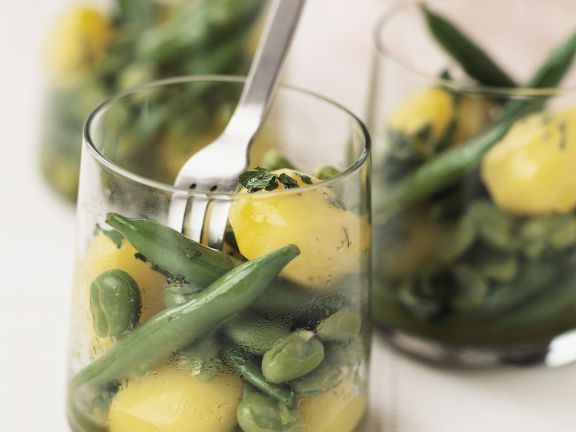 Bohnensalat mit Safrankartoffeln