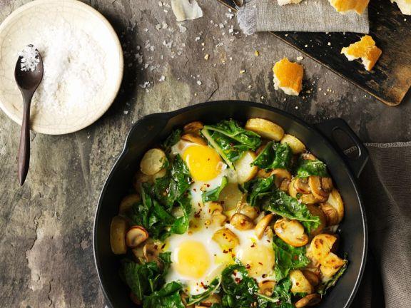 Bratkartoffeln mit Spinat und Pilzen