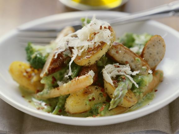 bratwurst kartoffel salat mit spargel rezept eat smarter. Black Bedroom Furniture Sets. Home Design Ideas