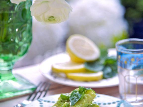 Breite Nudeln mit grüner Bohnensauce