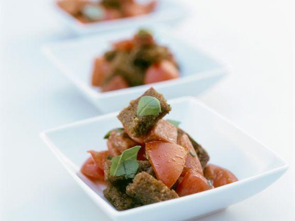Brot-Tomaten-Salat