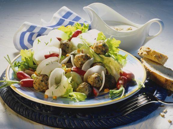 Brotzeitsalat mit Mini-Fleischbällchen