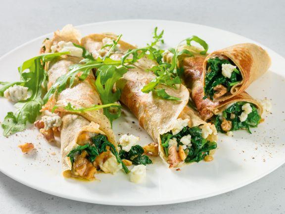 Buchweizen-Galettes mit Spinat und Gorgonzola