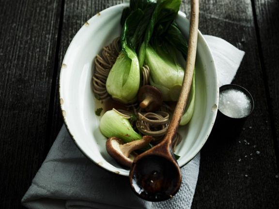 Buchweizennudeln mit Gemüse