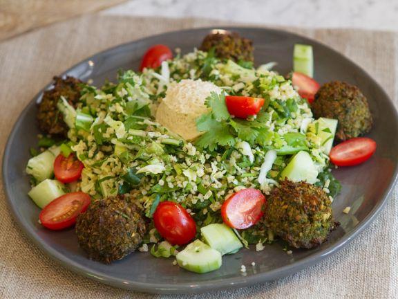 Bulgur Kräutersalat Mit Falafel Rezept Eat Smarter