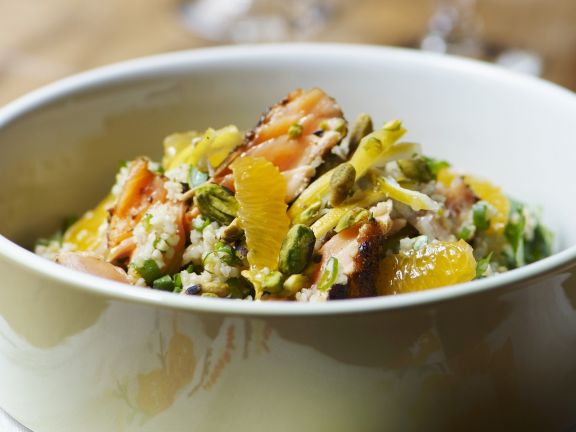 Bulgur-Lachs-Salat mit Orangen