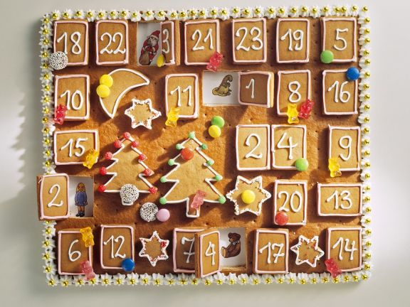 Bunt verzierter Lebkuchen-Kalender