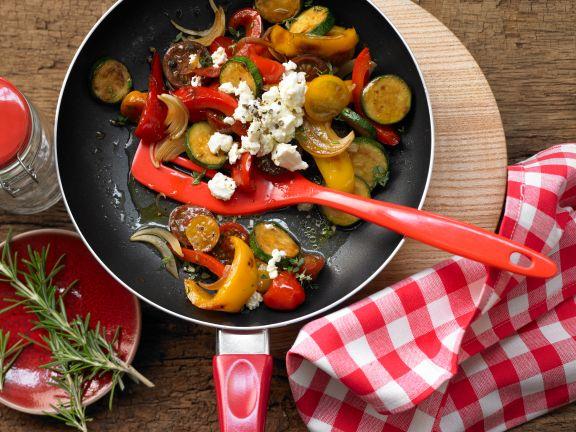 Bunte Gemüsepfanne Mit Schafskäse Rezept Eat Smarter