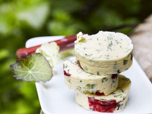 Butter mit Kapuziernerkresse