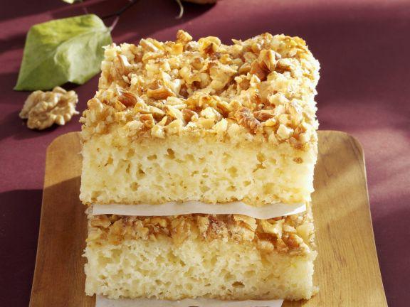 Buttermilch-Walnuss-Kuchen