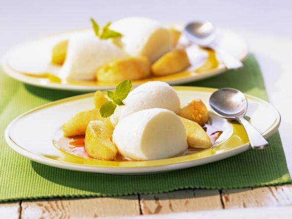 Buttermilchcreme mit karamellisierten Äpfeln