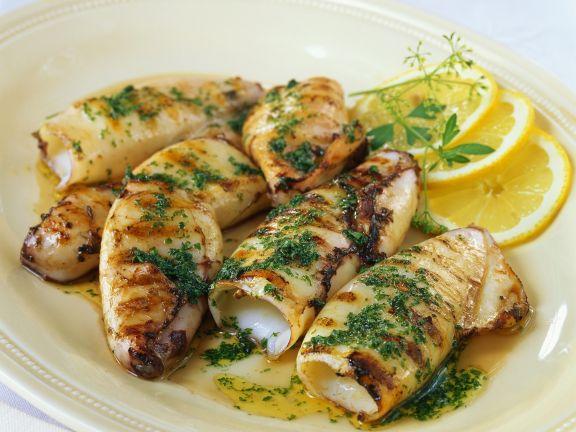 Calamari vom Grill mit Petersilie