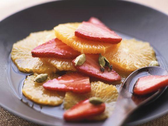 Carpaccio aus Erdbeeren und Orangen