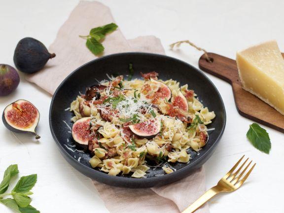 Cavatelli mit Pancetta, Feigen und Pecorino