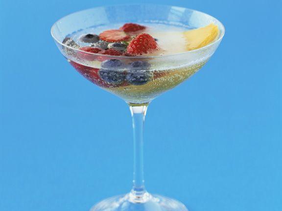Champagner mit Früchten