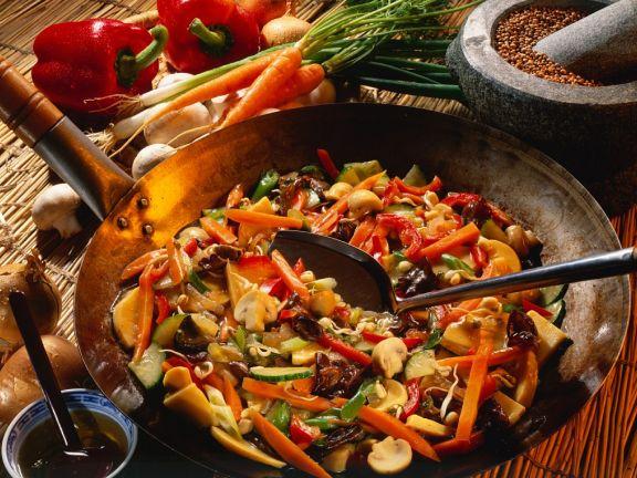 China-Gemüse mit süß-saurere Sauce