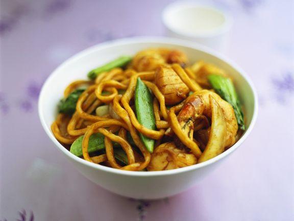 Chinesische Nudeln mit Garnelen