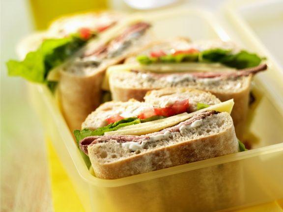 Ciabatta-Sandwich mit Roastbeef