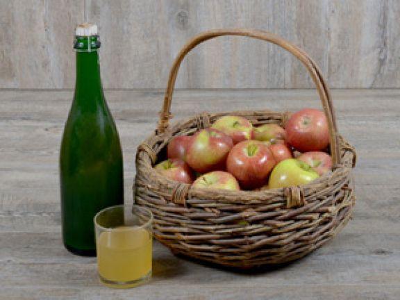 Cidre ist ein prickelnder Apfelwein