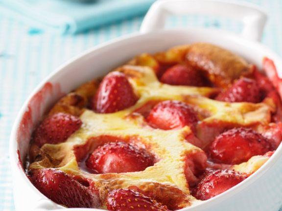 Clafoutis mit Erdbeeren