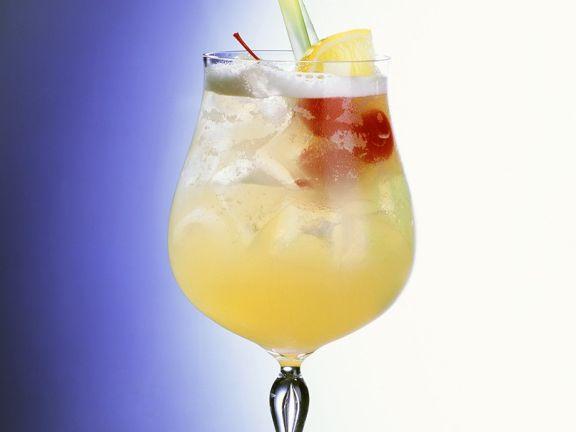 Cocktail mit Zitronensaft