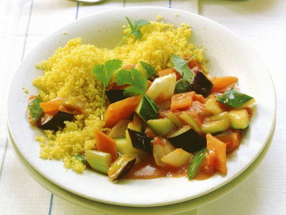 Couscous mit gemischtem Gemüse