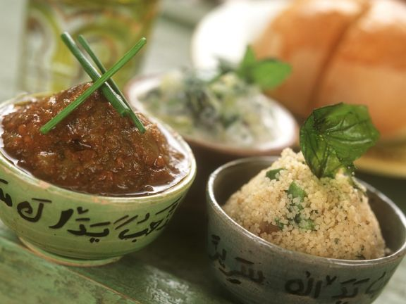 Couscous mit Gemüsesauce