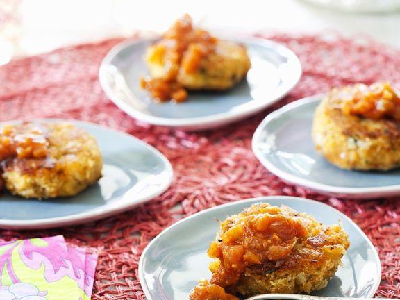 Crab Cakes mit würziger Soße