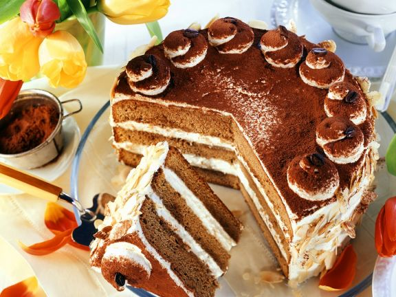 Cremige Kaffee-Cognac-Torte