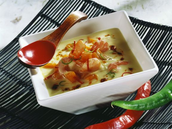Cremige Kürbissuppe mit Kokosmilch