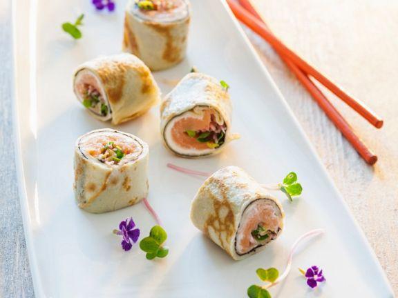 Crépe-Sushi mit Lachs