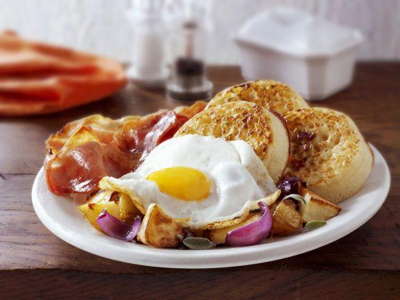Spiegelei Richtig Braten crumpets mit bacon und spiegelei rezept eat smarter