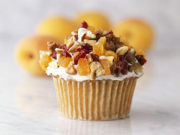 Cupcake mit Nüssen und Trockenobst