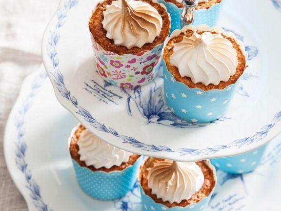 Cupcakes mit Zitrone und Baiserhaube