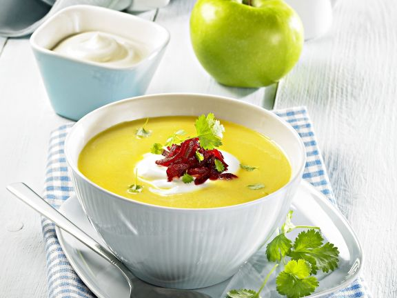 Curry-Apfel-Suppe